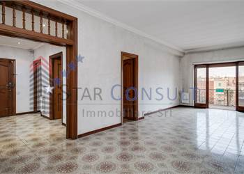 3br. or more apartment for Sale in Roma